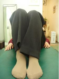 先天性股関節の原因